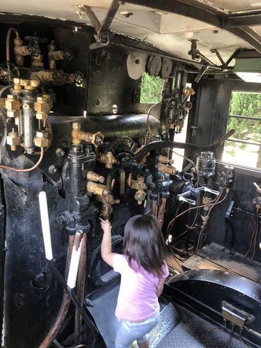 機関車、消防車の運転席