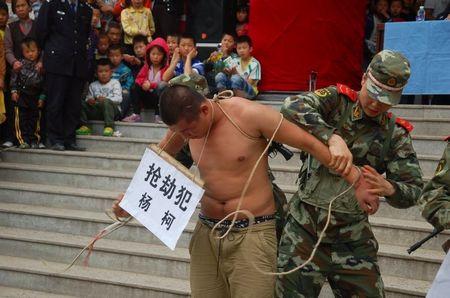 【中国】スマートフォンの普及で衰退したものワースト10  [264660287]->画像>13枚