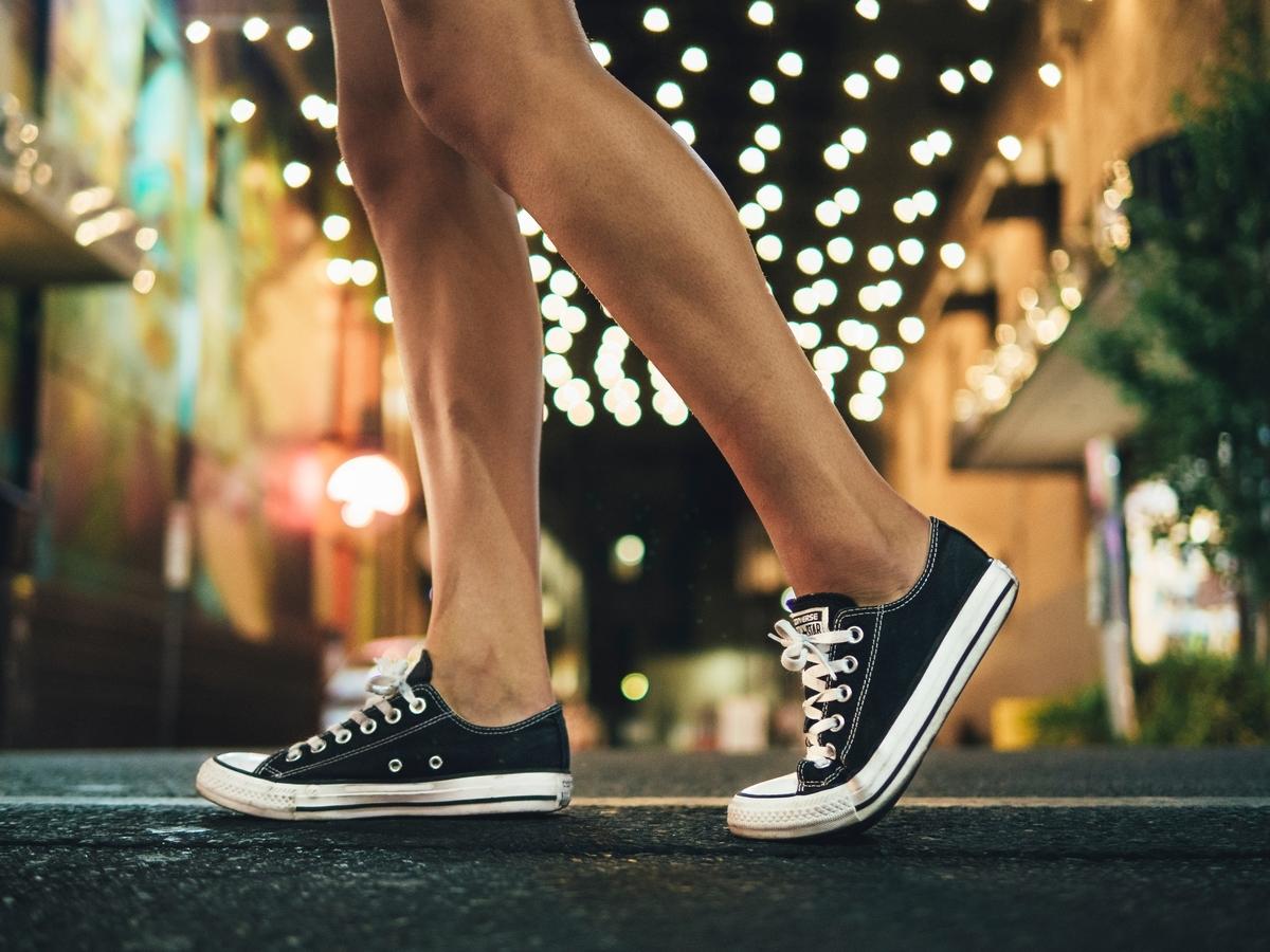 【靴のサイズと選び方】かかとの痛みが気になるあなたへ