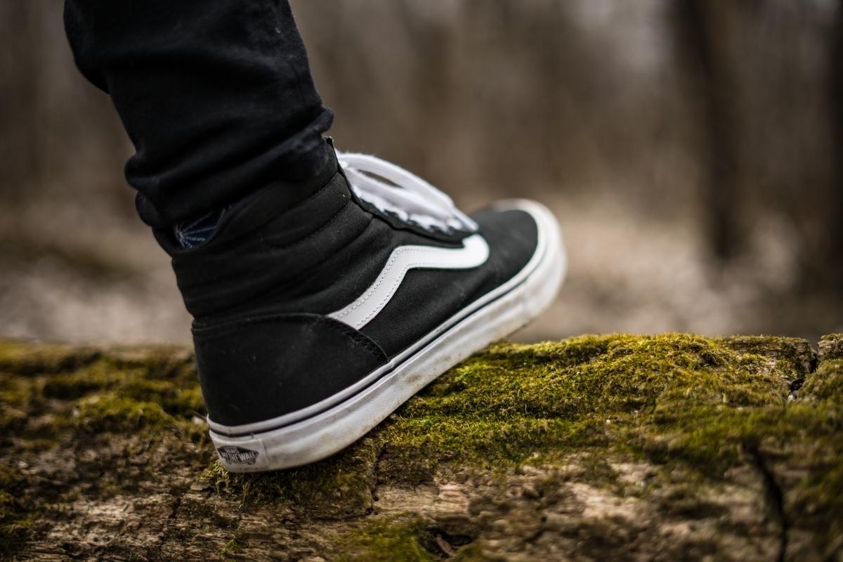 足が楽になる正しい靴の履き方