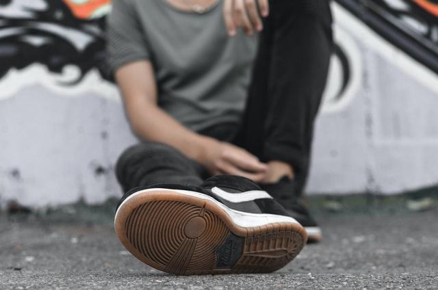 靴底の減り方が違う