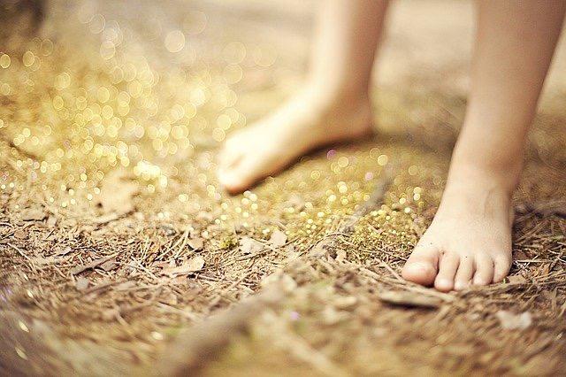 外反母趾になりやすい人の特徴と外反母趾の予防法