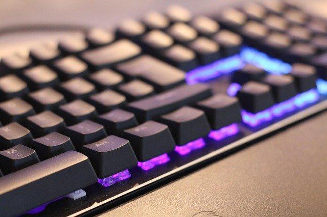 ゲーミングキーボード_2
