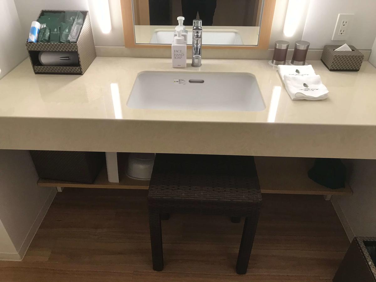 ホテルオリオンモトブリゾート&スパ 洗面台