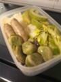 御飯、白瓜浅漬け、ソーセージ、空豆、コールスロー
