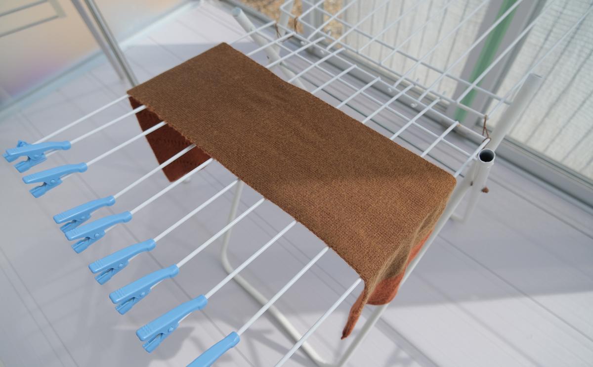 タバラットマフラーの洗い方11 陰干しします