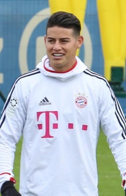 James_Training_2018-01-28_FC_Bayern_Muenchen-4_(cropped).jpg