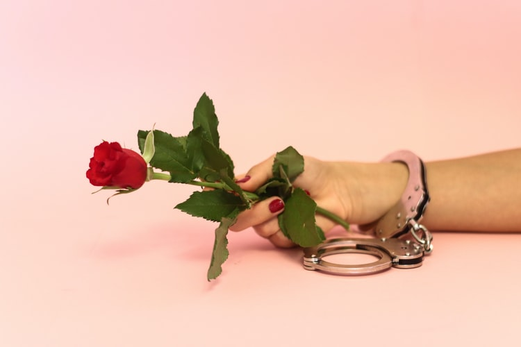 roseandhandcuffs