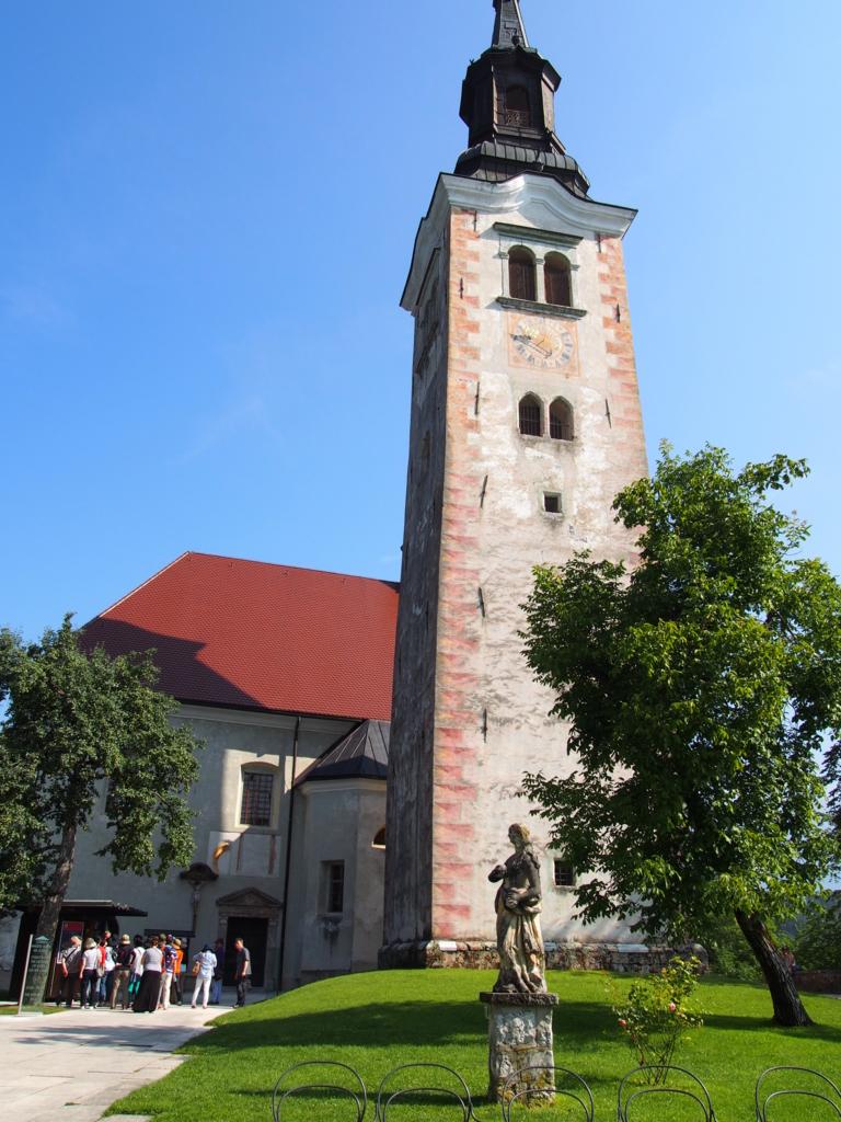 ブレッド湖の教会