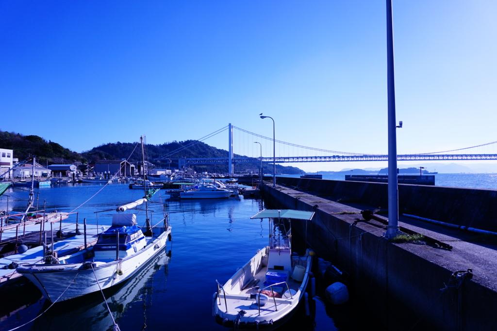 晴れの日の漁港