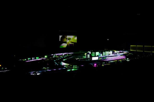 鉄道ジオラマ夜景
