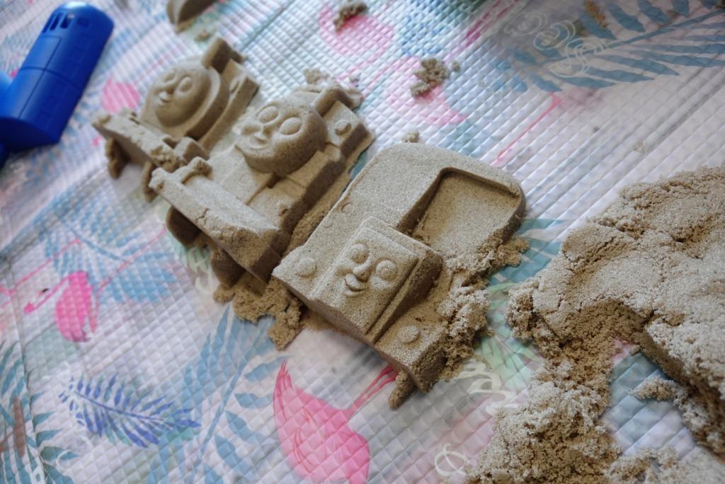 砂で作ったトーマス