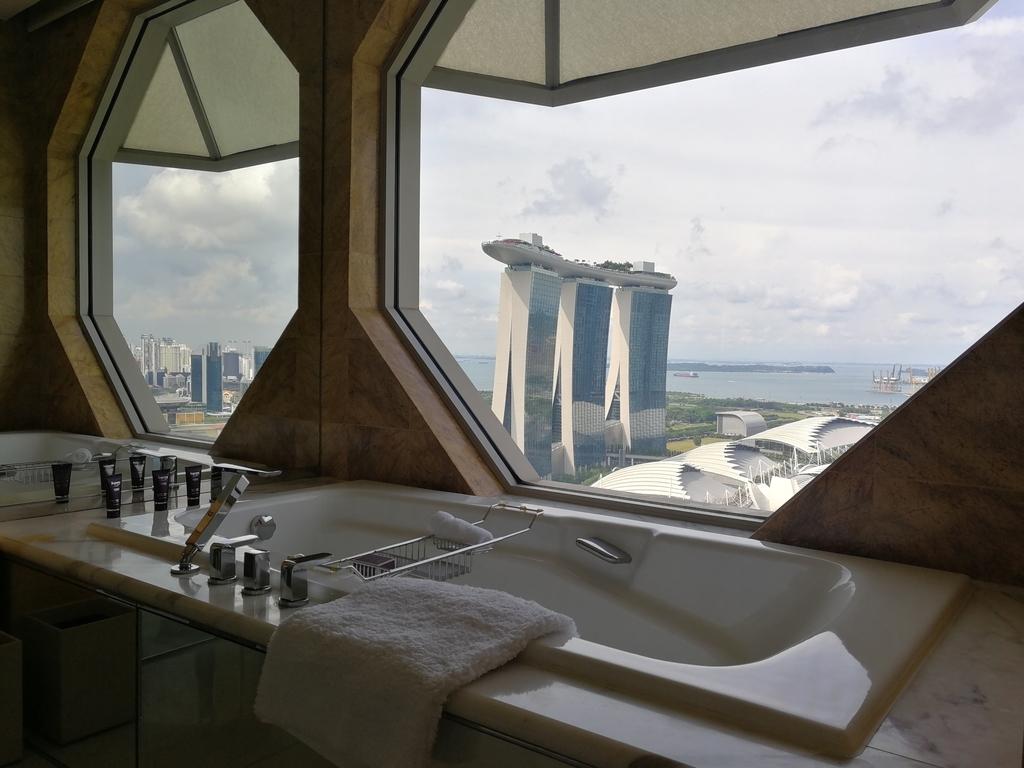 ザ・リッツ・カールトン ミレニア シンガポール