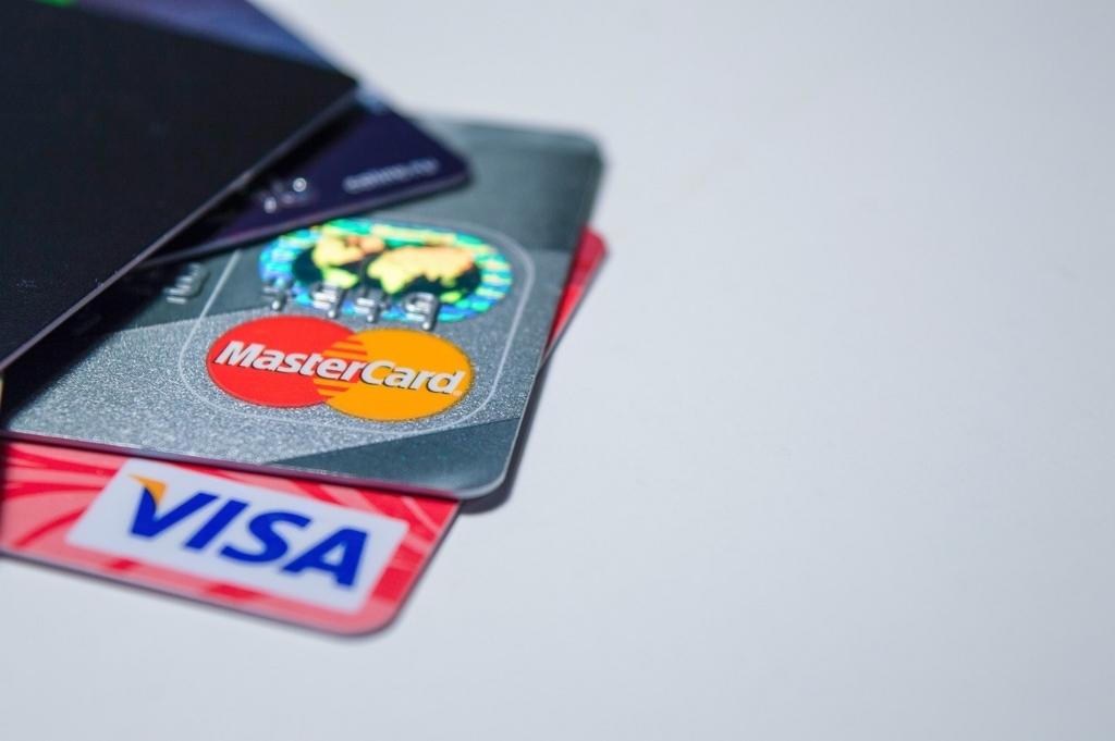 ネットショップの決済方法ではクレジットカードがメジャーです