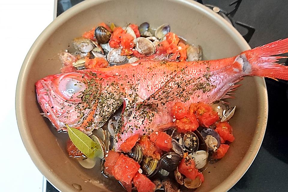 フライパン&魚&ローリエ