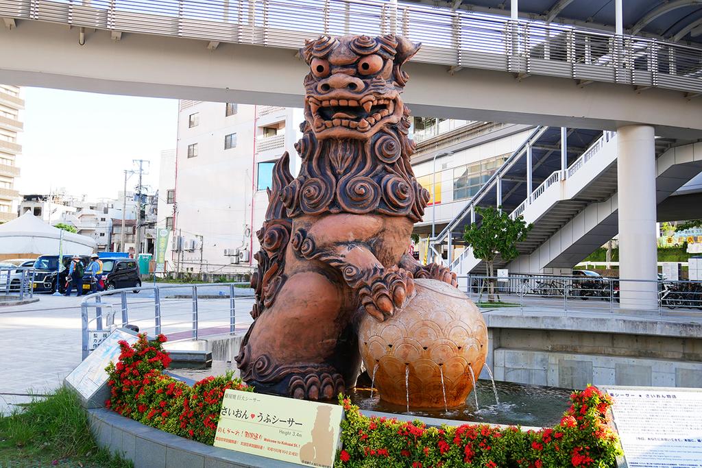 沖縄国際通りのシーサー