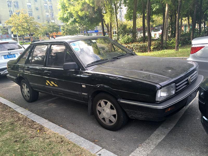 VW サンタナ
