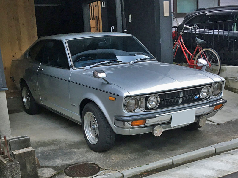 初代トヨタ・カリーナ