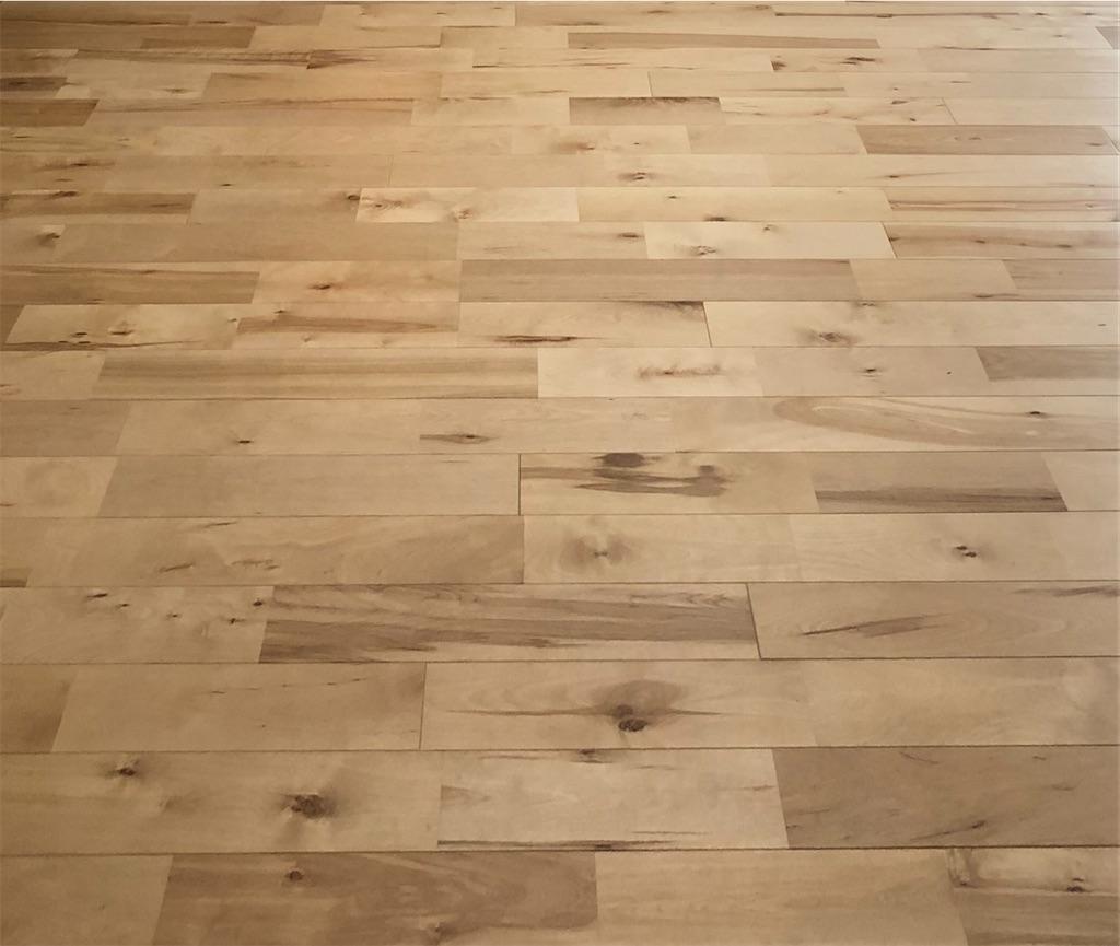 樺材の無垢床