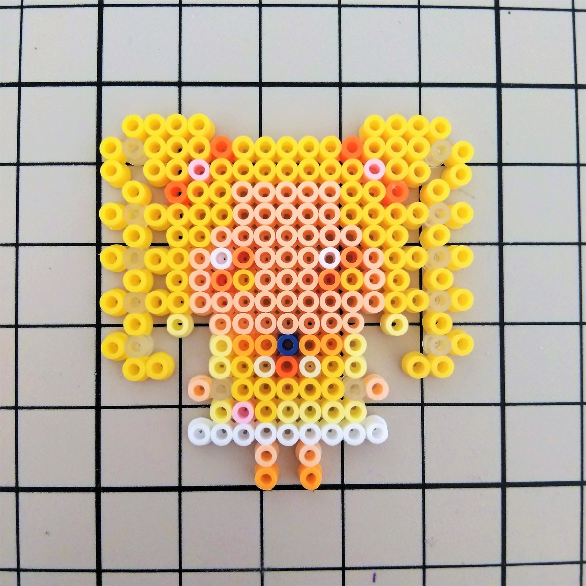 『キュアレモネード(GoGo ver)』をアイロンビーズで作ってみた