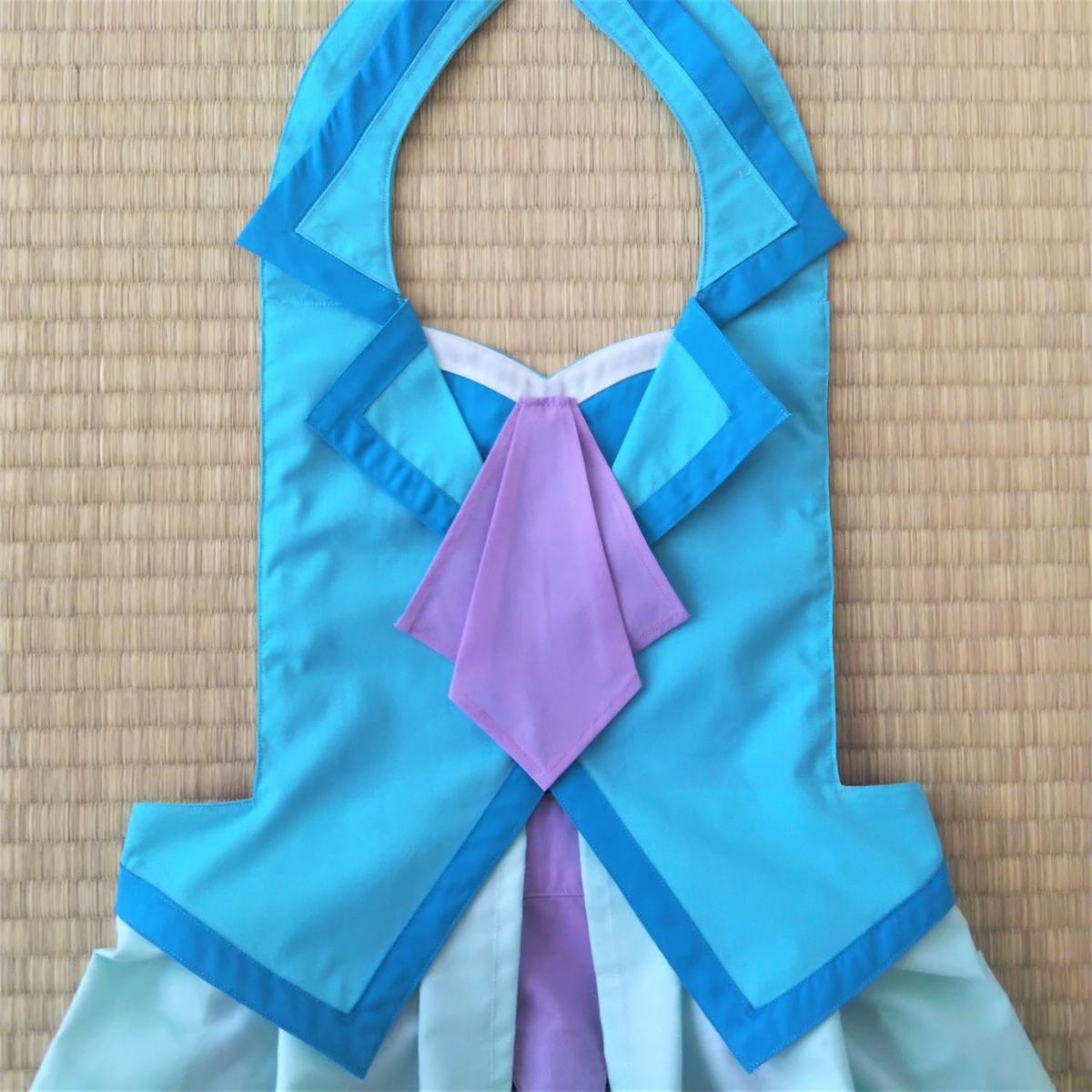 『キュアフォンテーヌの衣装』チーフ③