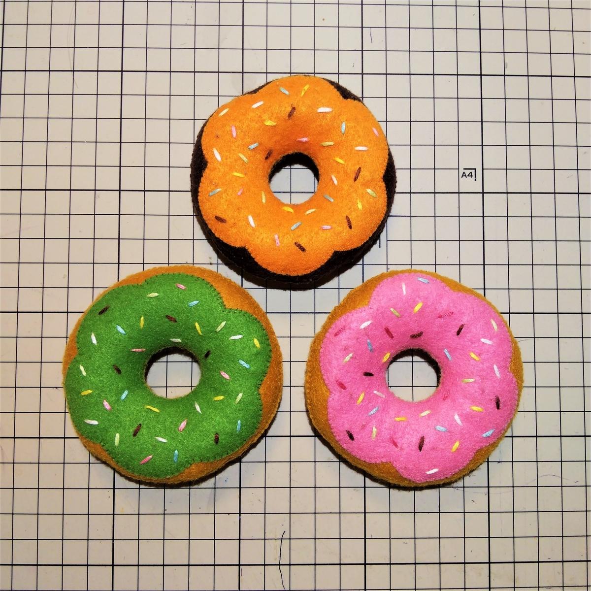『デコレーションドーナツ』作品例
