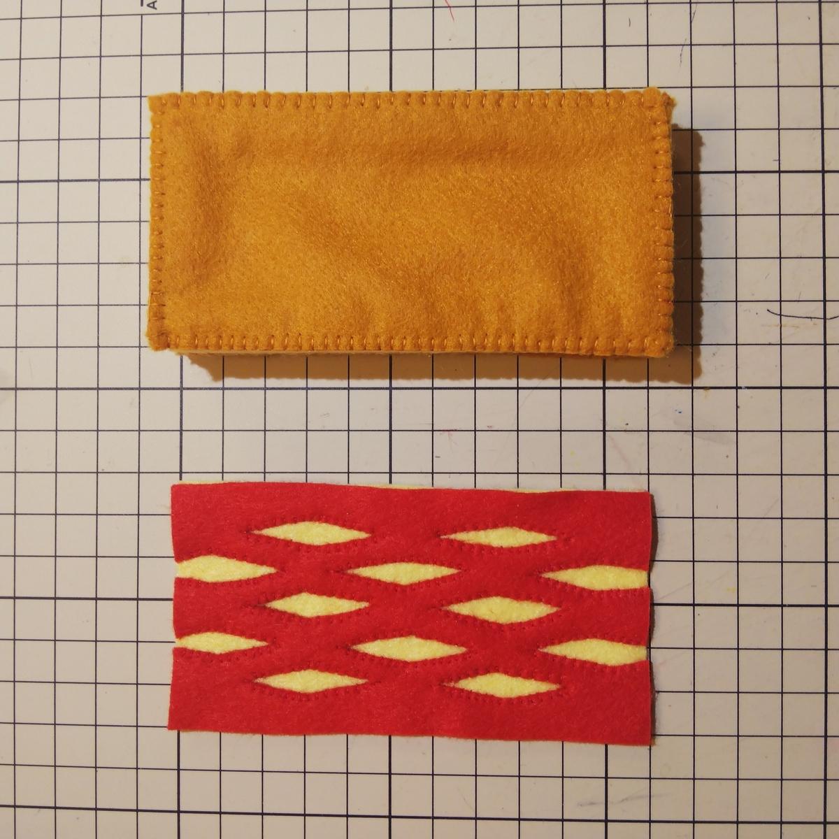 フェルトの『パイ』の作り方⑩ 底を縫い付ける