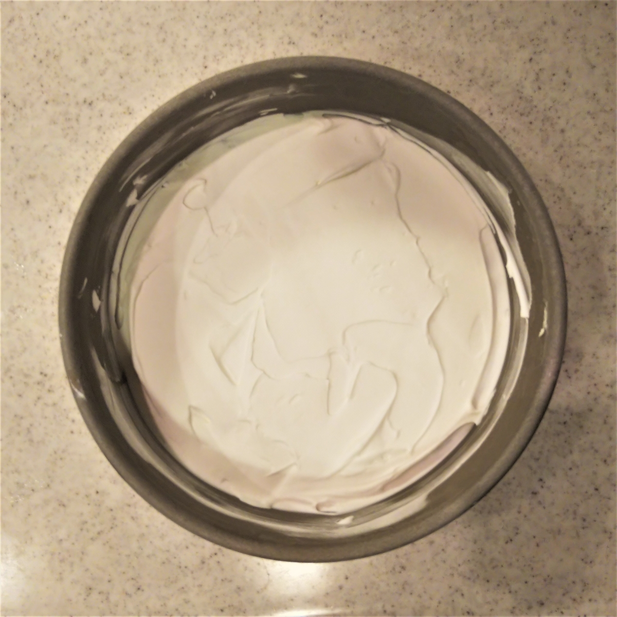 キャラケーキを作ってみた⑥ ホイップで全体を覆う