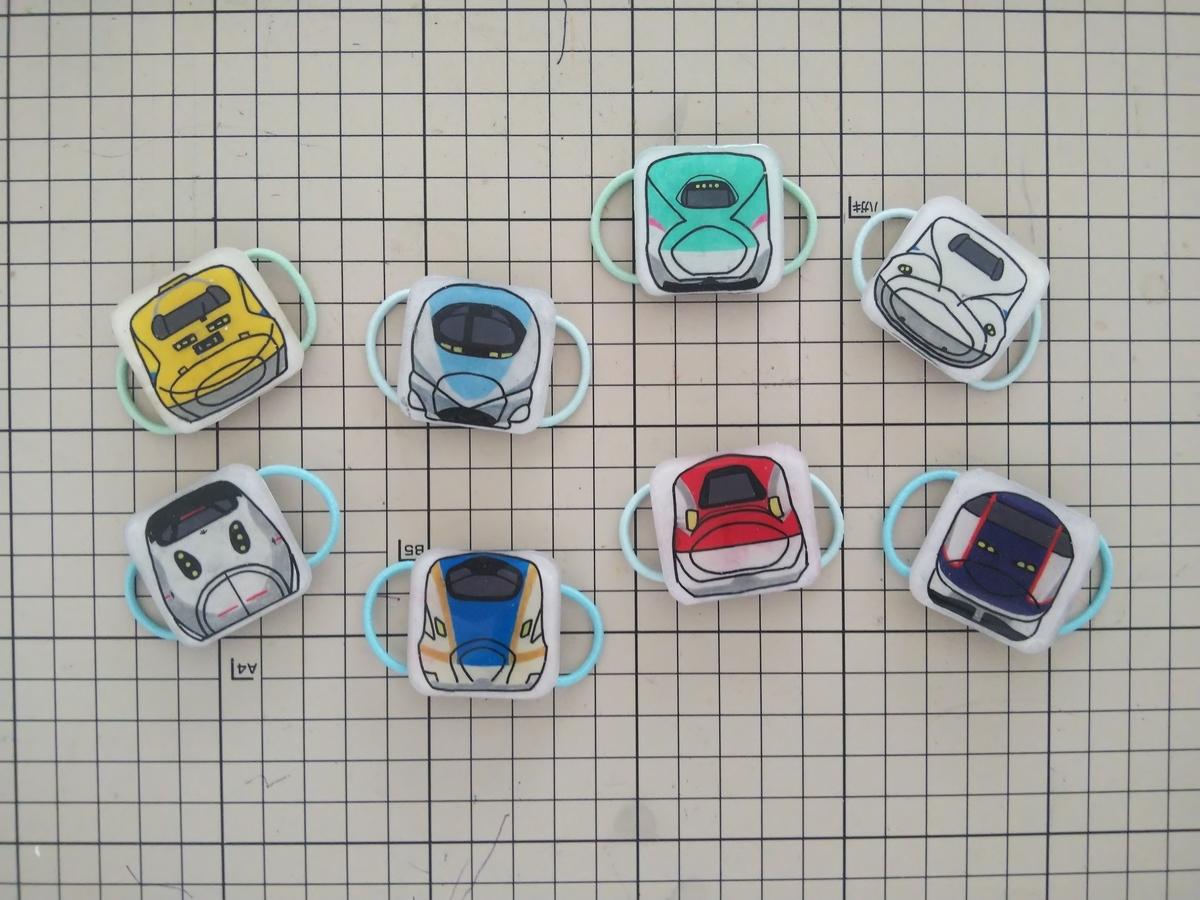 キッズスニーカー用の飾りをプラバンで作ってみた