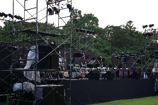 野外ステージ