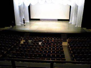 岡山市民会館客席