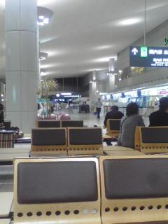 夜の広島空港の閑散さは異常