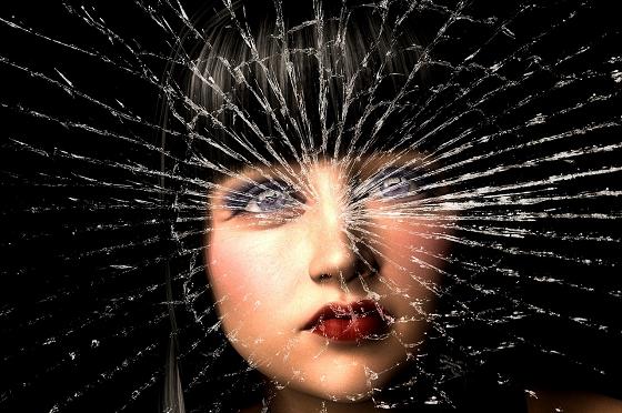被害者意識の強い女性