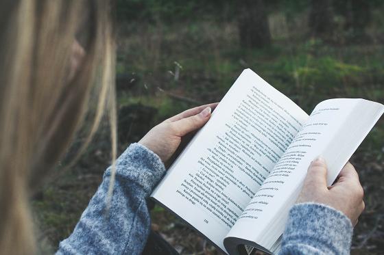 親の読書は子供の国語力と相関がある…というイメージ