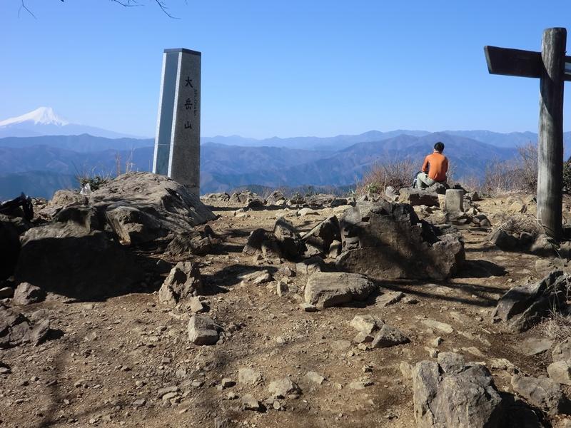 f:id:the-holy-mountain-071:20200224064114j:plain