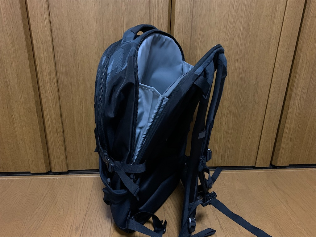 f:id:thebackpack:20191126215645j:image