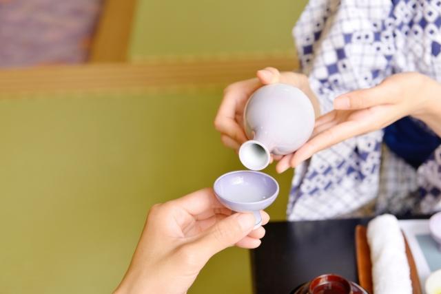 日本酒の美肌効果とは?|theDANN media