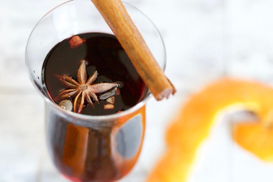 グリューワインとは?作り方や味わいを徹底解説!|theDANN media