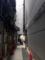 並ぶ方とは反対側から四丁目交差点に抜けられます