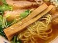 [有楽町][ラーメン][茶飯]全体的にほっこり優しいから、箸休めのコリコリメンマの食感が楽しい