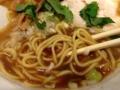 [新橋][ラーメン]三河屋製麺の中細ストレート麺とも相性抜群