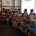 [溜池山王][国会議事堂前][赤坂][ラーメン]ピークタイムとなると待合席も埋まるくらいの盛況っぷり