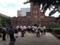 現在は後の東大生候補らや観光客にとって絶好の撮影スポットに