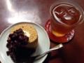 [麻布十番][菓子][たいやき][焼きそば][カフェ・喫茶店][甘味処]小豆がたっぷり包まれた…じゃなくかけられた浪花家ロール
