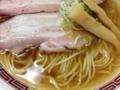 [八王子][ラーメン]透き通ったスープだけどしっかり過ぎるほどの煮干しテイスト