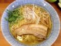 [四谷三丁目][ラーメン][つけ麺]今回紹介したメニューのラーメン版、淡麗鶏塩そばもいい感じ