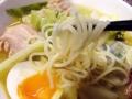 [新橋][ラーメン][丼もの]適度なコシの中細ストレート麺をズルズル