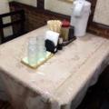 [新橋][牛かつ][和食][定食・食堂]L字型カウンター6席+テーブル4席×2卓の計14席