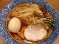 [三ノ輪][ラーメン]見るからに絶対ウマイと感じた「麺屋鶴若」の味玉入り王道中華そば