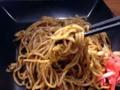 [渋谷][焼きそば]富士宮焼きそば最大の特徴とも言える不思議な歯応えの麺